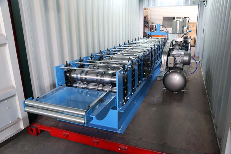 Boltless Roof Panel Roll Forming Machine